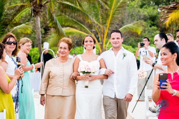 WeddingPlayadelcarmenphotography020