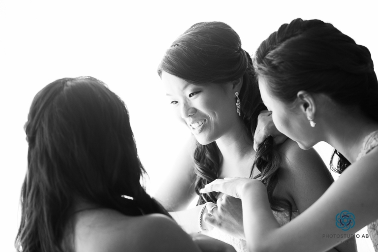 Gettingreadtbrideandbridemaids