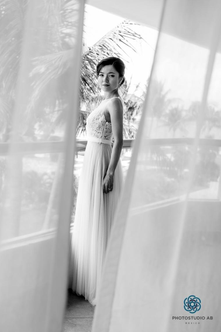 weddingphotographymoonpalaceCancun10