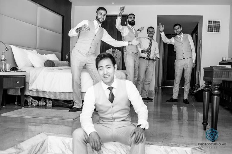 weddingphotographymoonpalaceCancun17