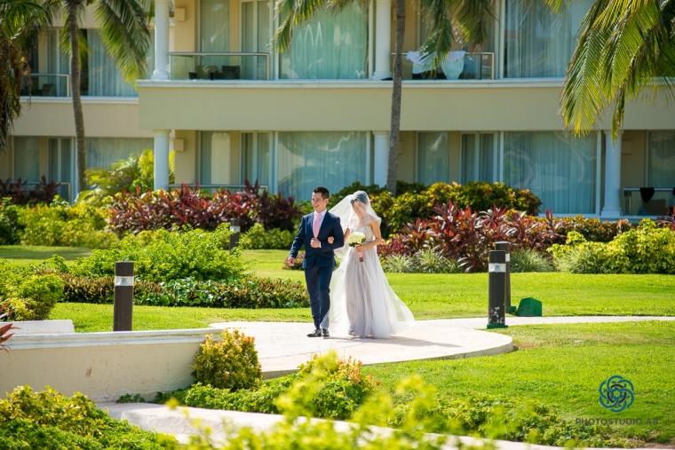 weddingphotographymoonpalaceCancun24