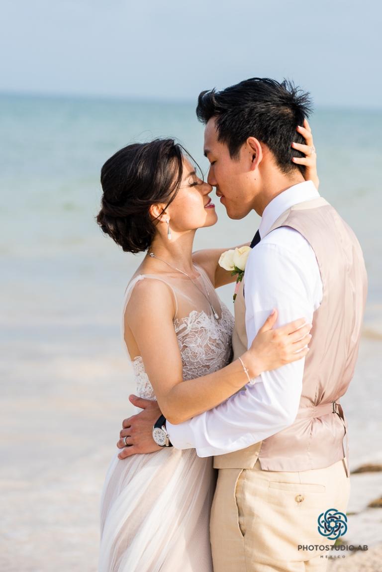weddingphotographymoonpalaceCancun38
