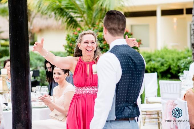 WeddingphotographyAzulsensatoriCancun038