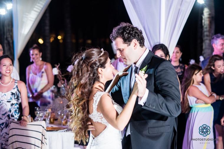Weddingphotographyplayadelcarmen028