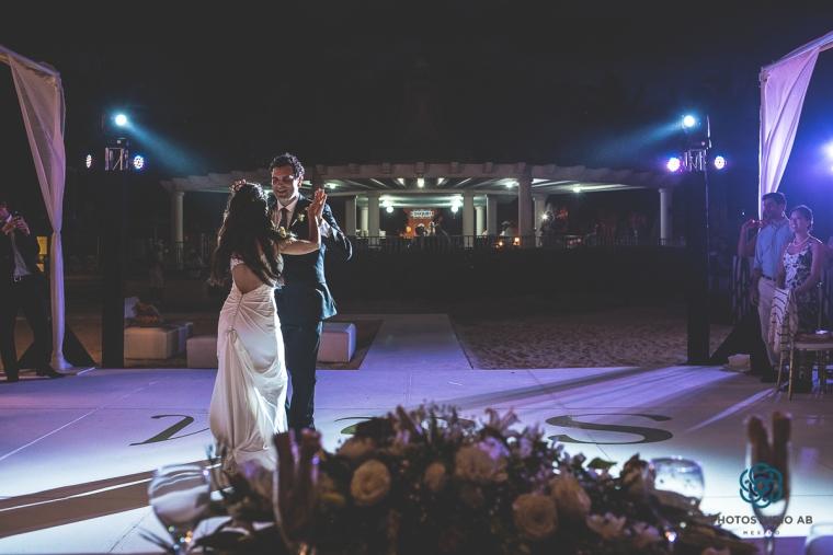Weddingphotographyplayadelcarmen029
